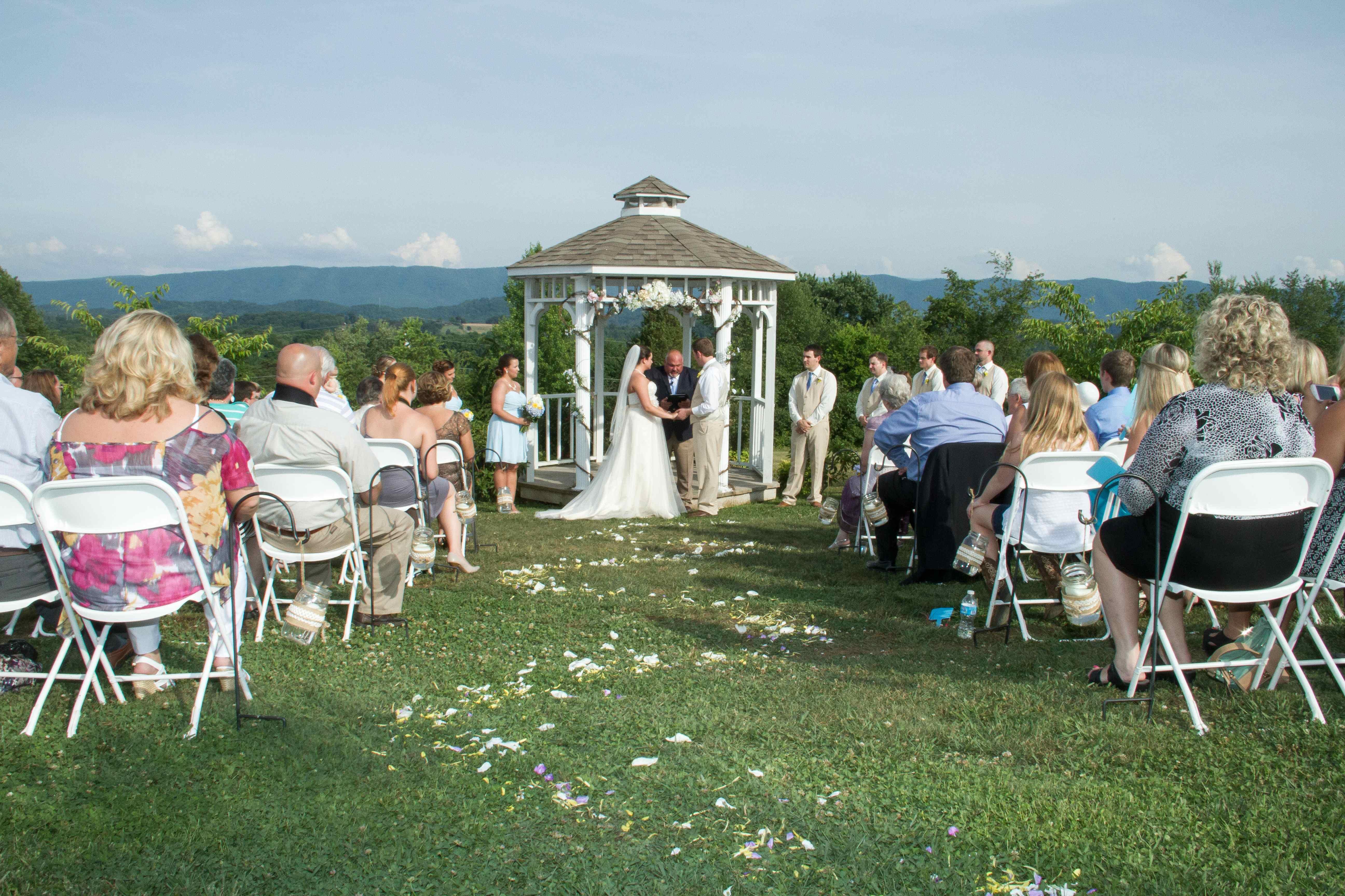 Wedding Decorations - Knoxville djs