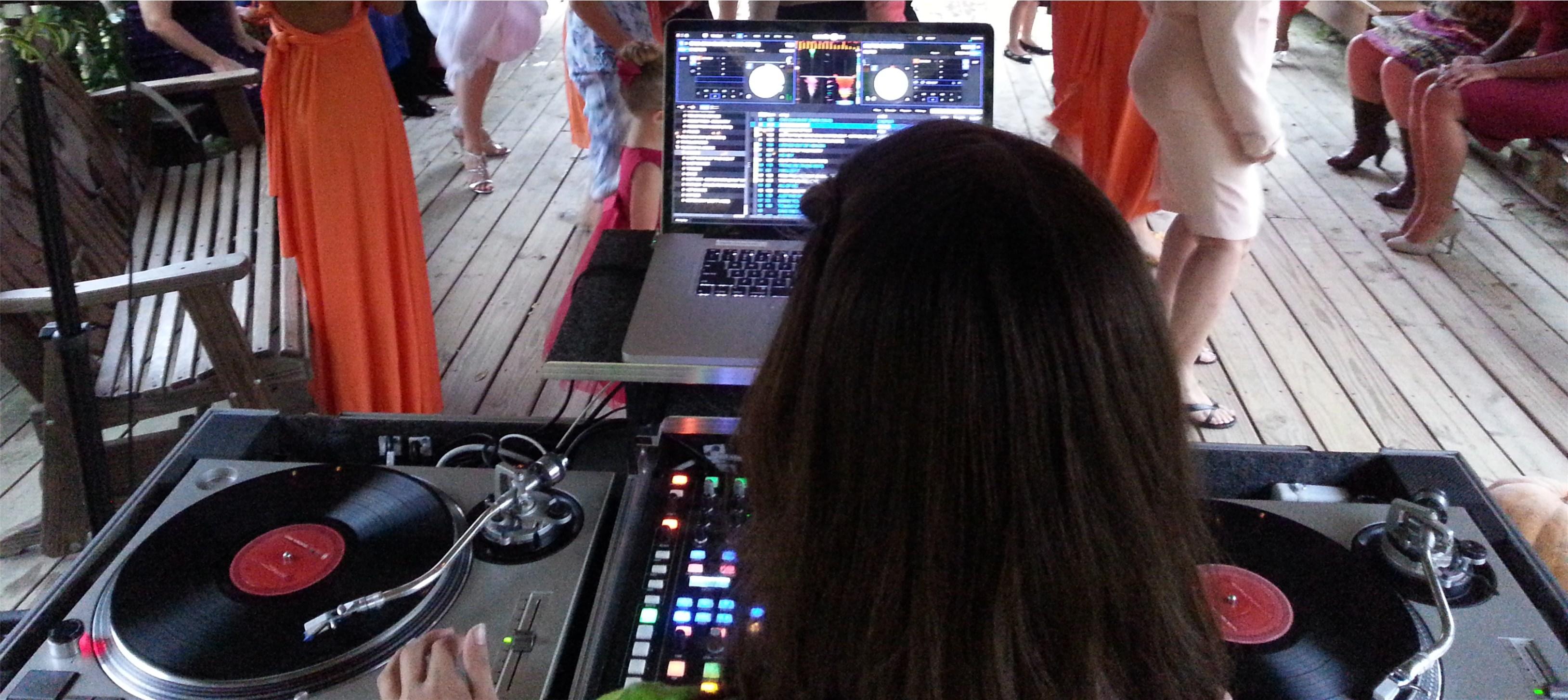 gatlinburg wedding packages - Knox Vegas DJs