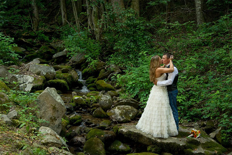 gatlinburg wedding packages - Knox Vegas DJs