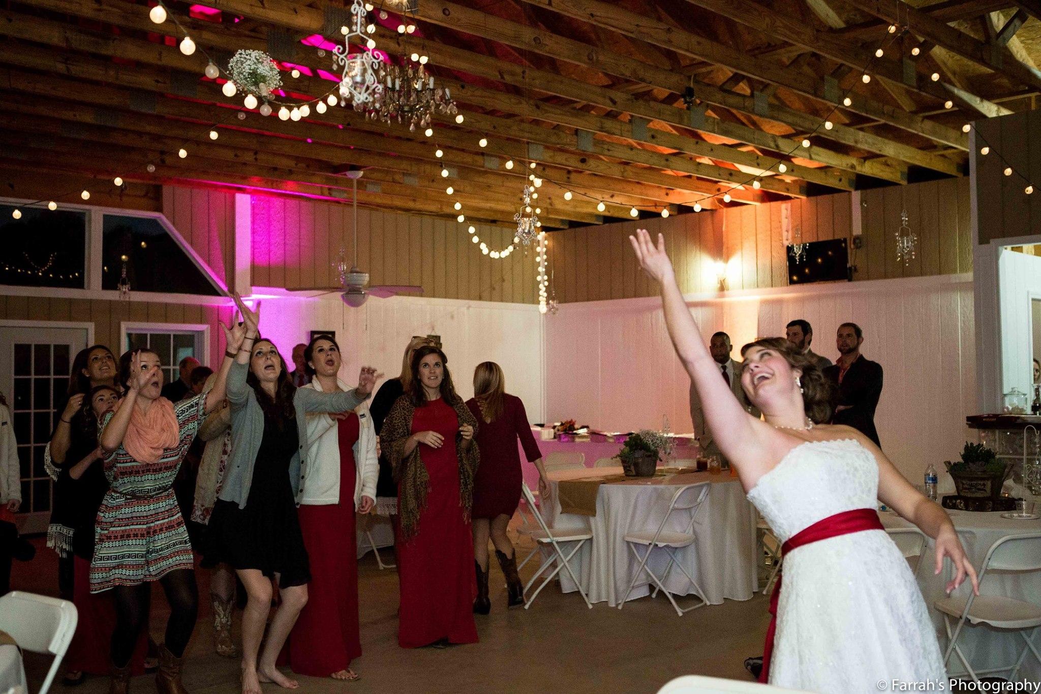 wedding decorations - Knox Vegas DJs