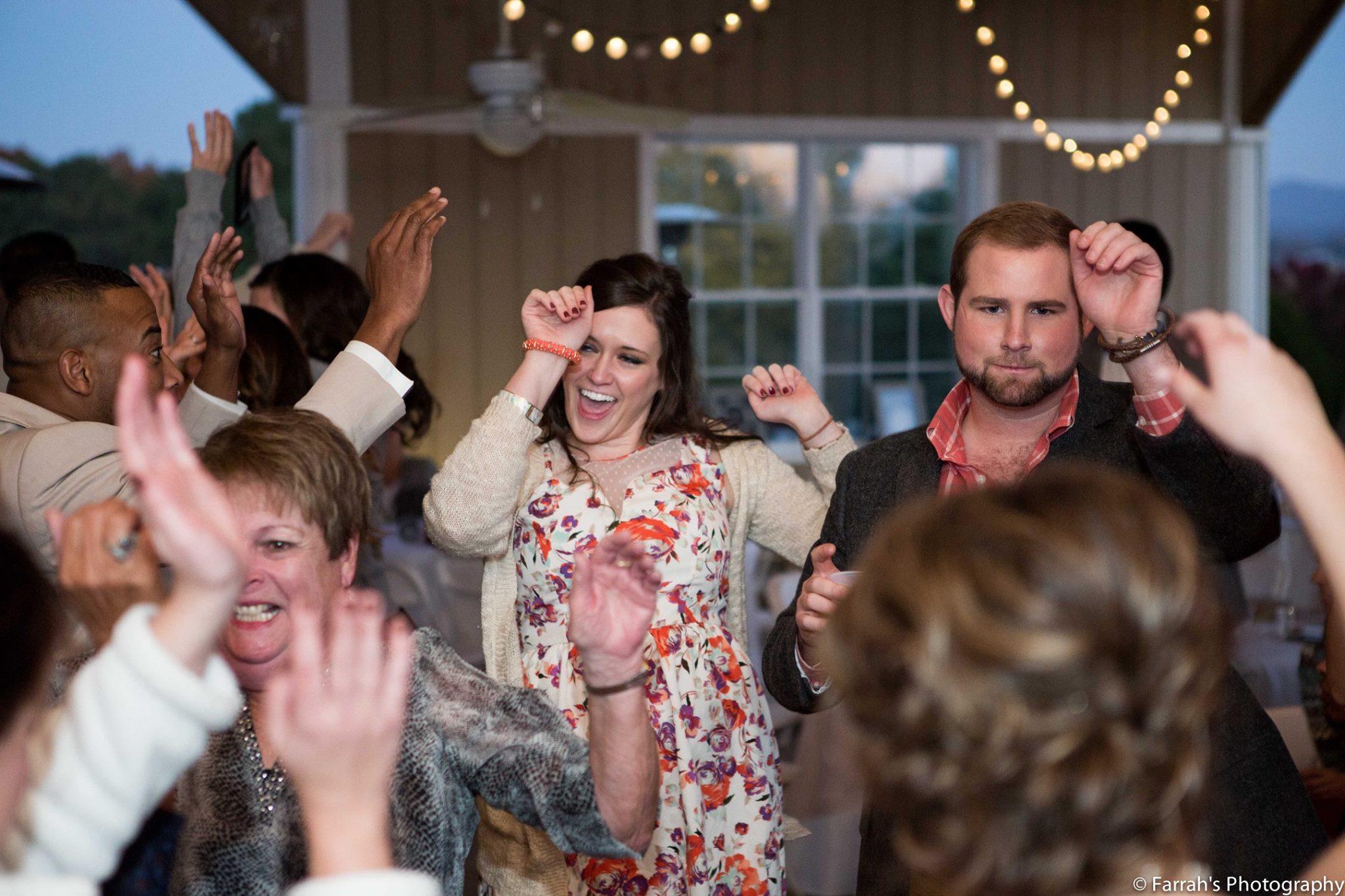 wedding checklist - Knoxville Maryville DJs