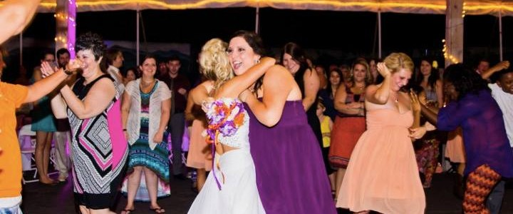 wedding reception venues - Knox Vegas DJs