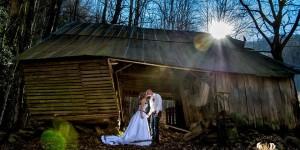 wedding chapels in pigeon forge - Knox Vegas DJs