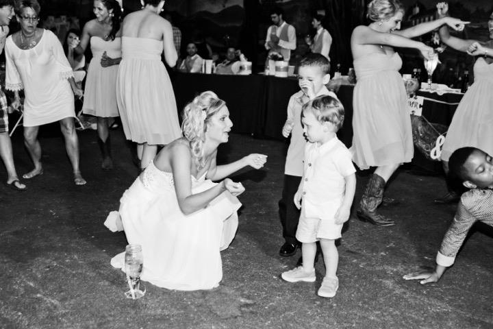 Fun Things to do With Kids on the Dance Floor